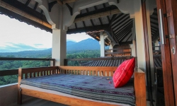 rinjani lodge 2.jpg