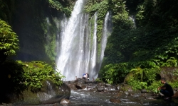 senaru-waterfall-2.jpg