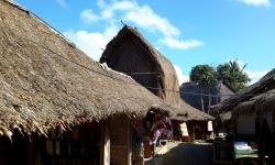 sade-village-1