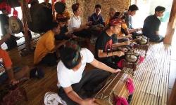 lombok-education-tour04.jpg