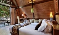honeymoon villa ombak 2.jpg