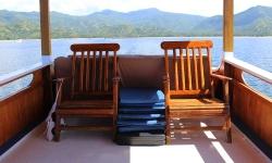 boat-chair-komodo-island.jpg