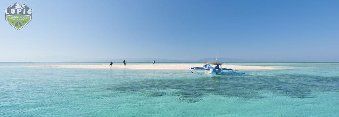Pulau Pasir east Lombok